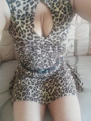 Roseda incall escorts in Willow Grove PA