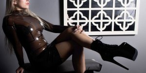 Laititia sex clubs in Canton MS, hook up