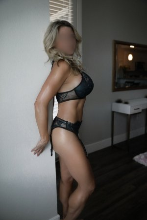 Frederike outcall escorts