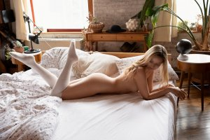 Fanny-laure incall escorts