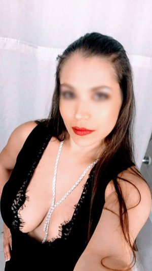 Gaellane milf independent escorts in Woodmere Louisiana, sex parties